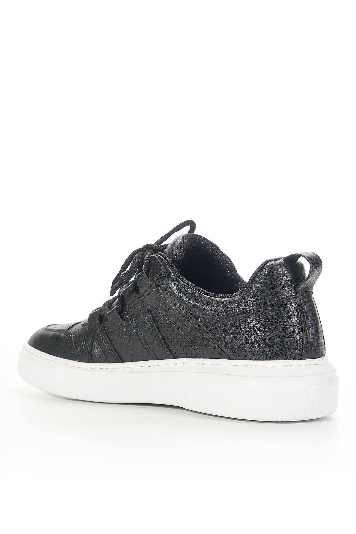 Tortuga Black Women Sneakers